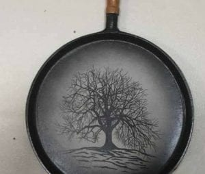 Hand painted cast iron pan decoration